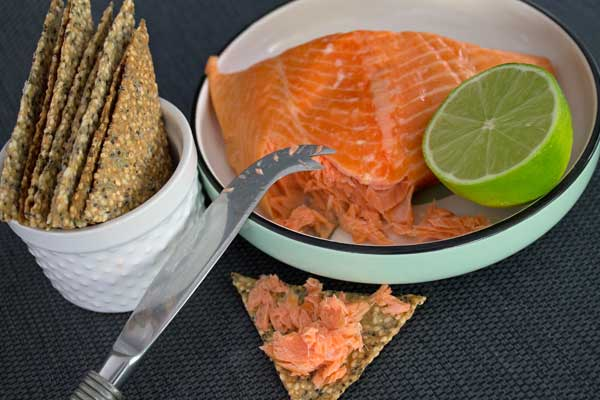 Hot smoked salmon with quinoa & spelt crackers