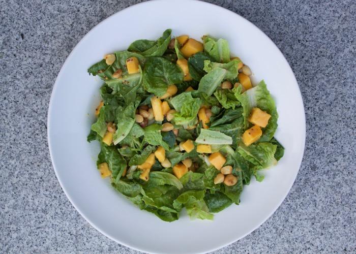 Mango & Macadamia salad