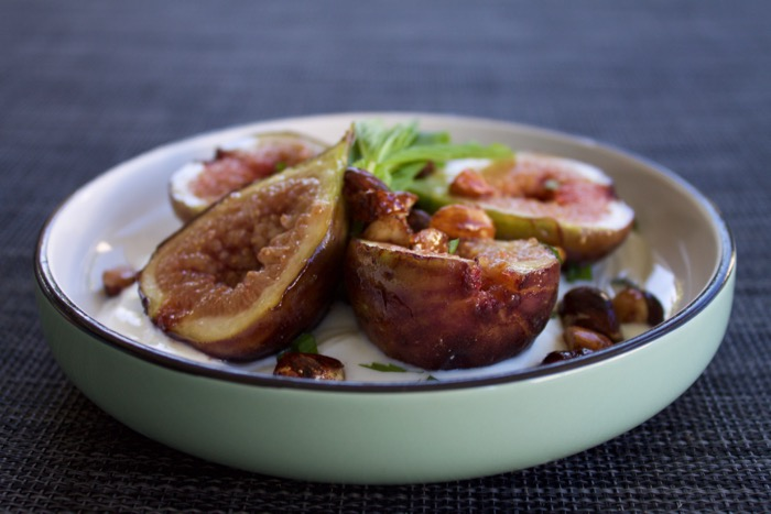 Grilled Honey-Figs with Vanilla Bean Yoghurt & Spiced Nuts